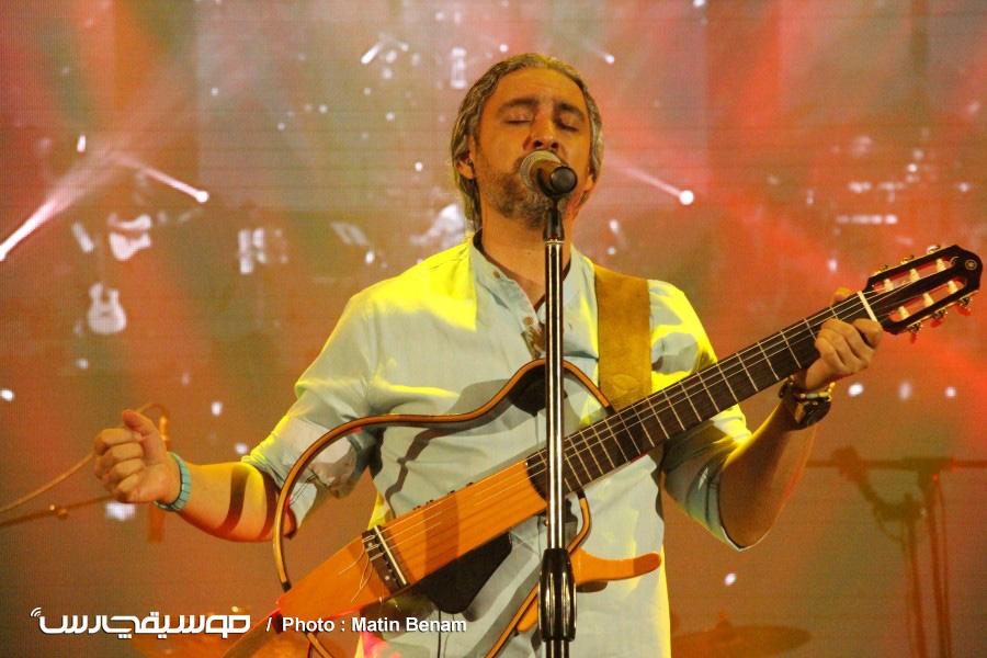 کنسرت تابستانه مازیار فلاحی در تهران برگزار شد
