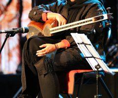 1 42 240x200 - گزارش تصویری کنسرت مهران مدیری در برج میلاد