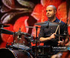 12 5 240x200 - گزارش تصویری کنسرت مهران مدیری در برج میلاد