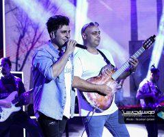 15 2 240x200 - گزارش تصویری کنسرت تهران علیرضا طلیسچی در ۲۵ مرداد ماه