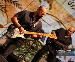 22 2 240x200 - گزارش تصویری کنسرت مهران مدیری در برج میلاد