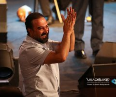 24 2 240x200 - گزارش تصویری کنسرت مهران مدیری در برج میلاد