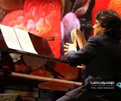 30 1 240x200 - گزارش تصویری کنسرت مهران مدیری در برج میلاد