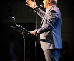 59 1 240x200 - گزارش تصویری کنسرت مهران مدیری در برج میلاد