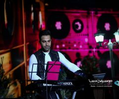 Samanjalili IMG 0173 1 240x200 - گزارش تصویری کنسرت دوم آذر ماه سامان جلیلی