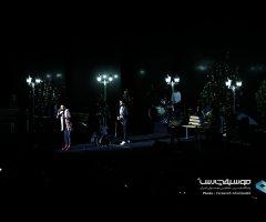 Samanjalili IMG 0210 1 240x200 - گزارش تصویری کنسرت دوم آذر ماه سامان جلیلی